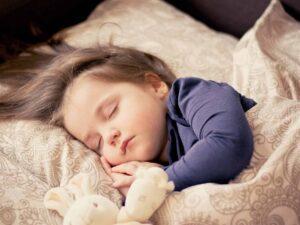 baby schläft unruhig - Baby schläft nicht ein trotz Müdigkeit?